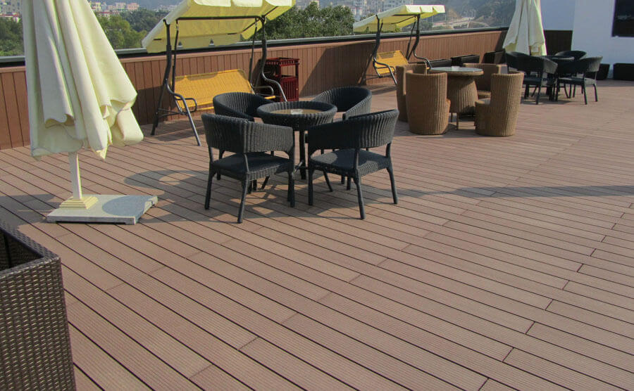 How to Distinguish WPC Decking Stand or Fall