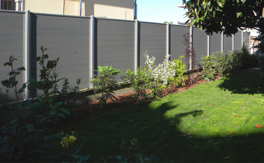 Outdoor fence cleaning is very simple