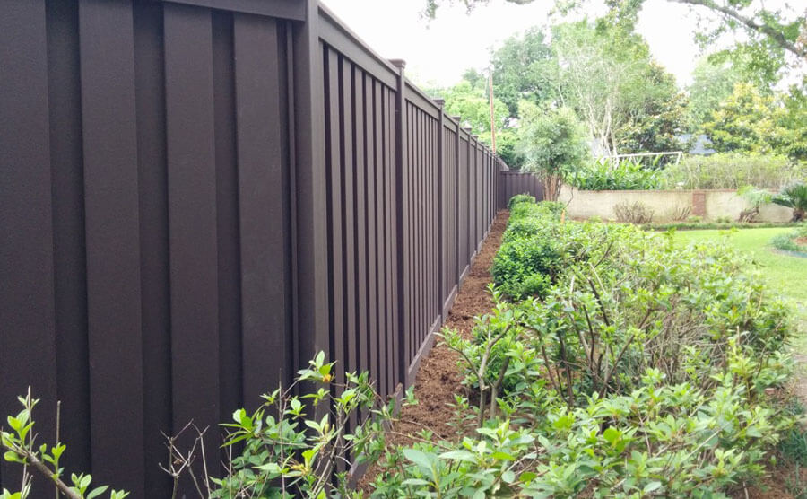 anti-skid composite fence