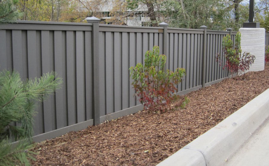 Ecologically Healthy Outdoor Fence